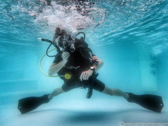 PADI IDC Thailand, Neutrally Buoyant, Platinum Course Director